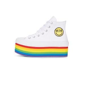 Converse PRIDE x Miley Cyrus Chuck Taylor Shoes NWT